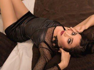 georginaknox latina cam babe brings live sex to him online