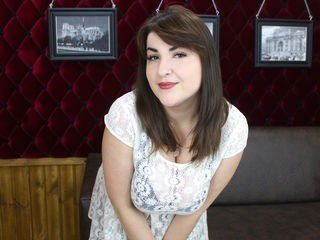 sheilarosy russian cam girl offers her beautiful body for sexy roleplay on camera