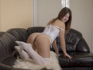 missmillena bisexual cam girl loves close up live show on XXX cam