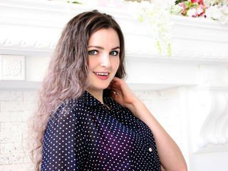 kirstenwhite european cam girl loves role play and hard fucking with her boyfriend online