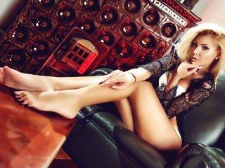izziye european cam girl fills her holes with huge sex toys on XXX cam