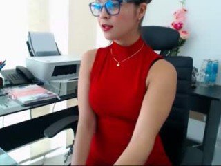 april_kepner cam babe loves ohmibod vibrations and squirting out of her nasty pussy