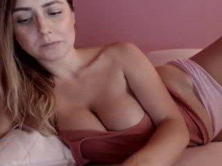 mis_eva cam milf is ready for lingerie fetish action online
