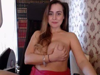 mis_eva ohmibod live show with cam milf in the chatroom