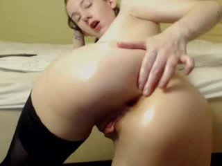 rapunzelishere slim cam babe doing everything types live sex you ask them in a sex chat