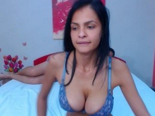 serenanbrad cam babe thinks that private live sex is the real pleasure