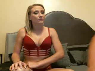 fitandfriskyfunxxx webcam milf does a good fucking in the chatroom