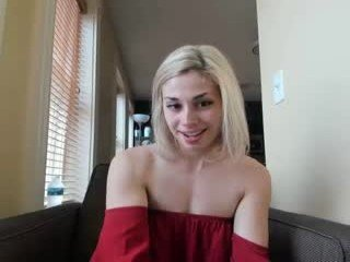 zurieelivira cam girl with small tits is curious about squirting techniques