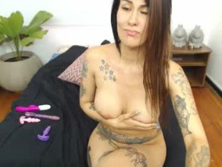 chanell_tatto tattooed cam girl loves fucks in all holes and squirts on camera