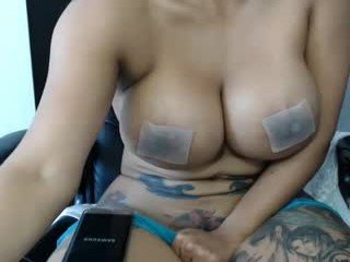 yungfang cam girl wants showing great striptease live show
