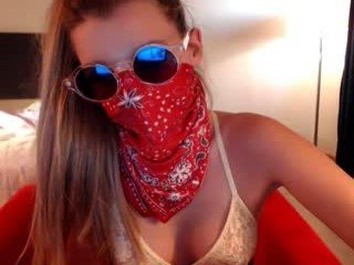 momiamhere cam girl presented live sex and crazy roleplay action for you online