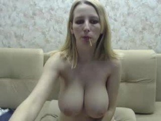 helen_bee russian cam girl wants to tell unbelievable story in private live chat