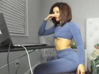 theislandgirl cam girl loves vibration from ohmibod in her pussy online