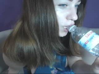 shystephanie cam girl wants showing great striptease live show