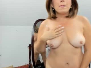 southernflare cam babe loves ohmibod vibrations and squirting out of her nasty pussy